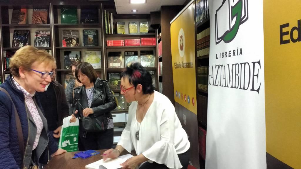 """Presentación """"Canciones de amor mentido"""" en Espacio Gaztambide-Amarante en Madrid"""